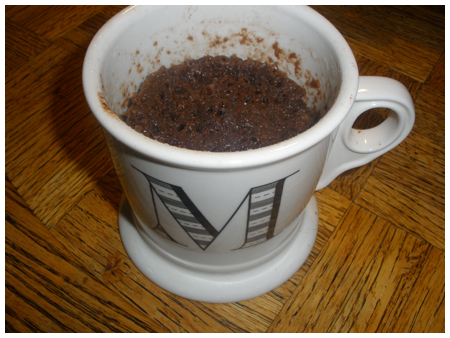 Minute chocolate mug cake.