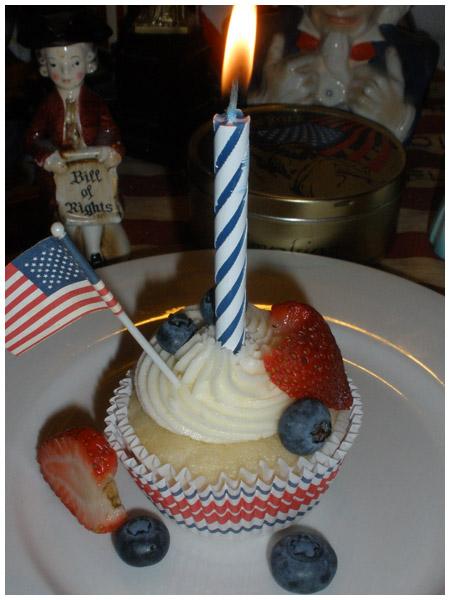 Happy birthday to America (& my mom, too)!