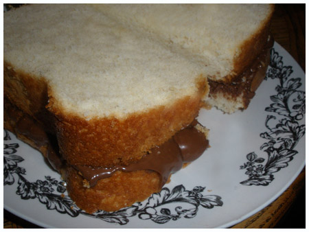 Who wants a Nutella sangwich?