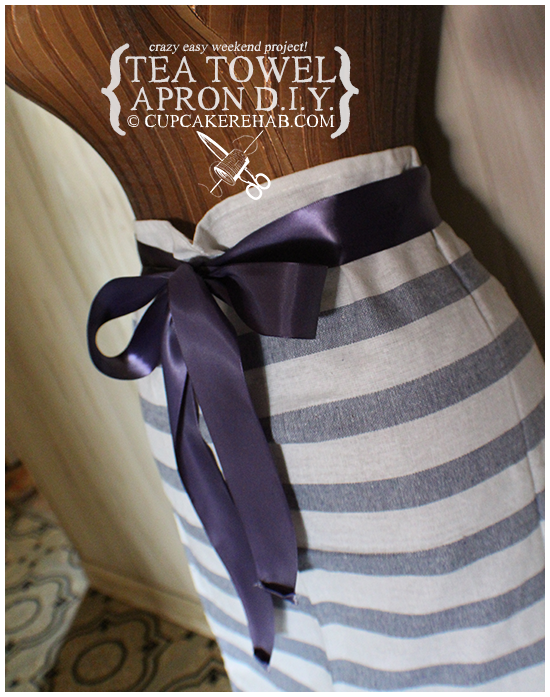 D.I.Y. tea towel apron: super easy to make, takes about 15 minutes if you sew it by hand!