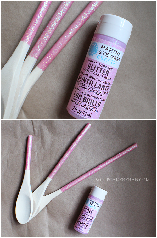 DIY pink glitter wooden spoons. Crazy easy & cheap to make!