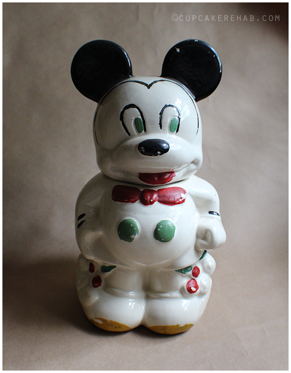 The Mickey side of the 1930s turnabout cookie jar.