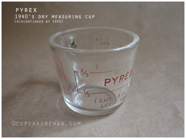Vintage 1940's measuring cup; the style discontinued by 1950.