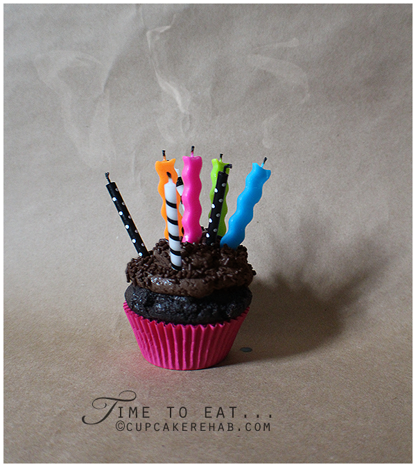 Blow out those candles & eat!