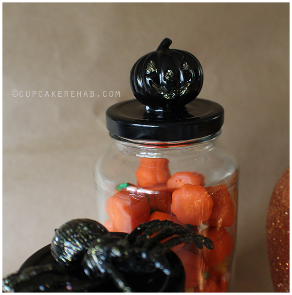 Easy & quick DIY Halloween specimen (or candy) jars.