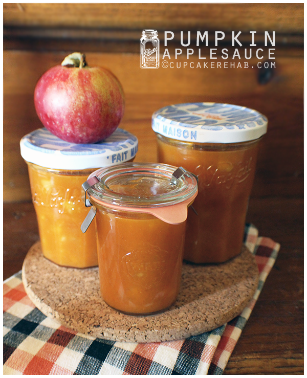 Pumpkin applesauce! Because why make the same ol boring applesauce?