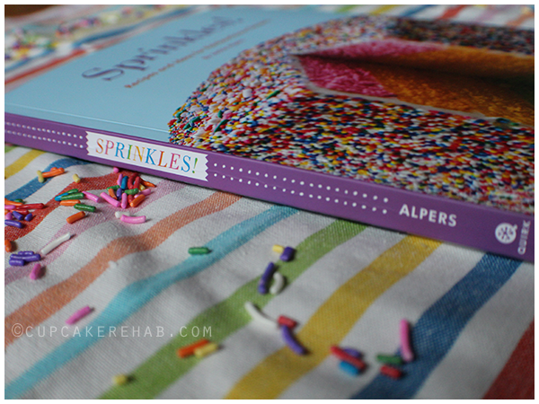 A review of Sprinkles! Recipes and Ideas for Rainbowlicious Desserts!
