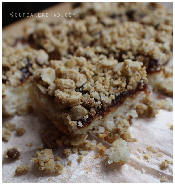 Figgy pudding cookie bars. Bring me some figgy pudding and BRING SOME RIGHT HERE!