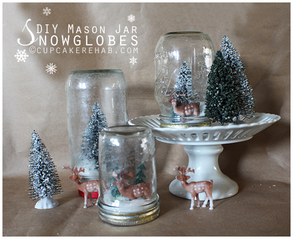 DIY mason jar snowglobes. Easiest winter project ever!