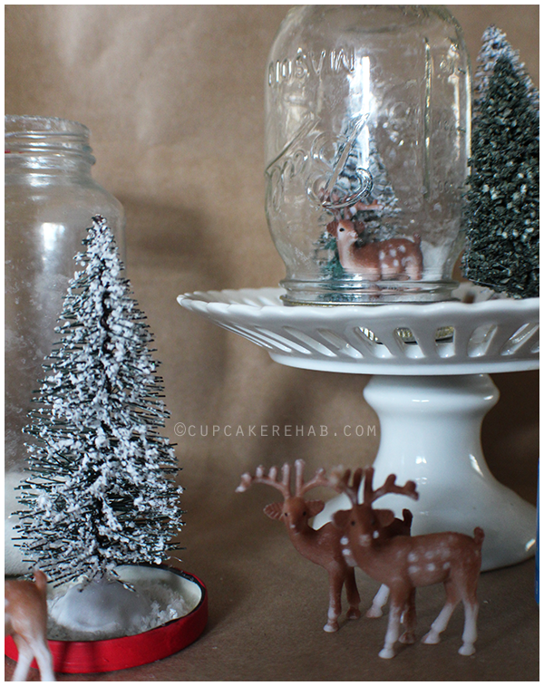 Crazy easy mason jar snow globes. They make a great snow day project & a great gift.
