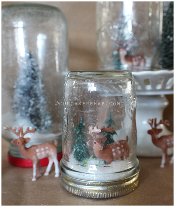 Ridiculously easy mason jar snow globe how-to.