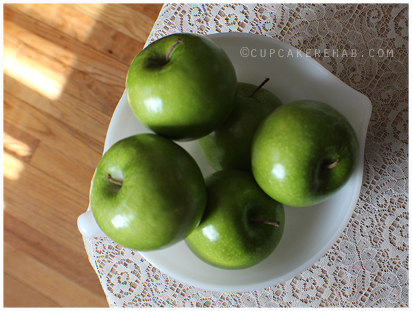 Granny Smith apples for Irish apple cake.
