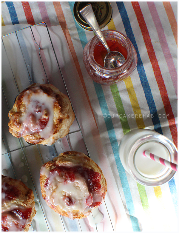 Delicious and easy strawberry jam brioche rolls.