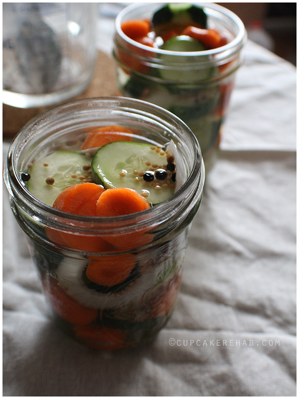 Garden vegetable quick pickles.