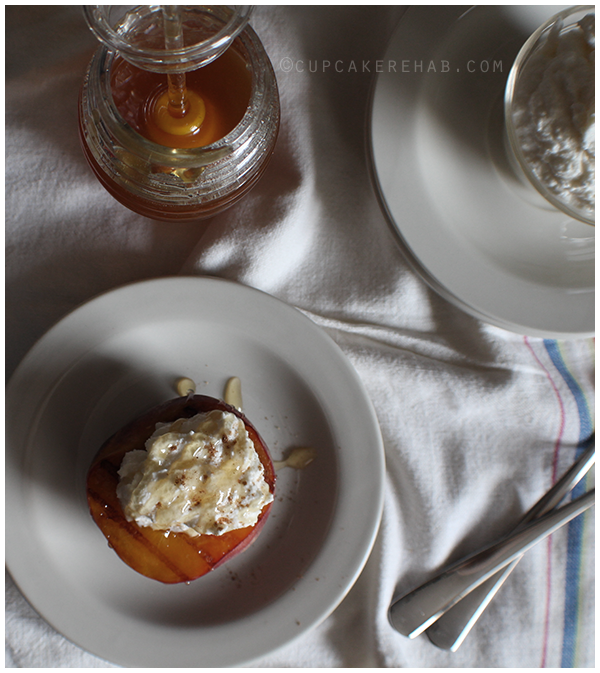 The easiest summer dessert ever! Grilled peaches with sweet ricotta cream & honey.