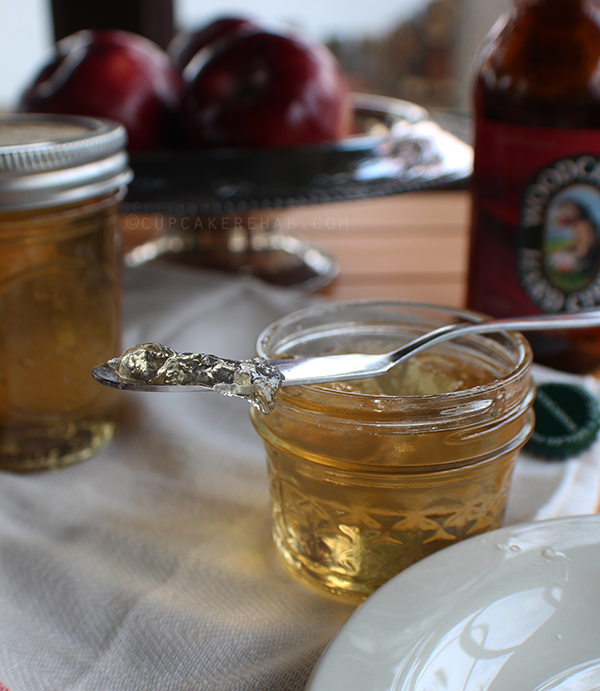 Hard cider jelly made with Woodchuck cider.