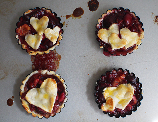 Mini cherry Pimm's pies.