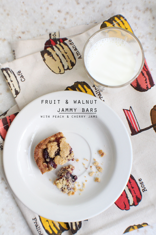 Fruit & walnut jammy bars!